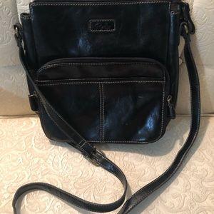 Relic crossbody black bag with adjustable straps